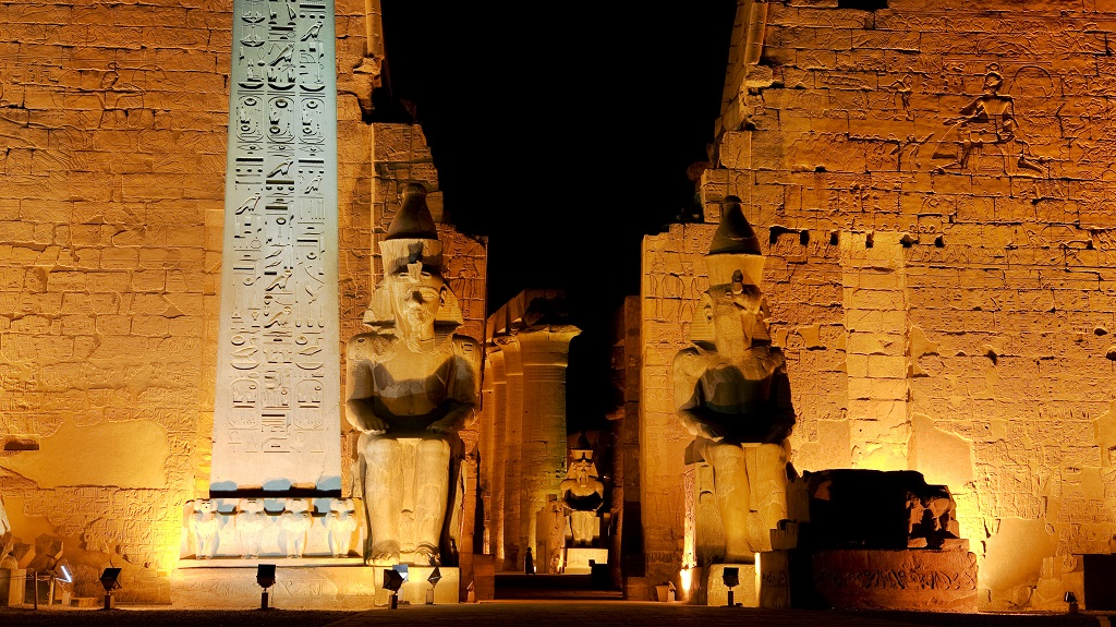 Temple of Luxor by night