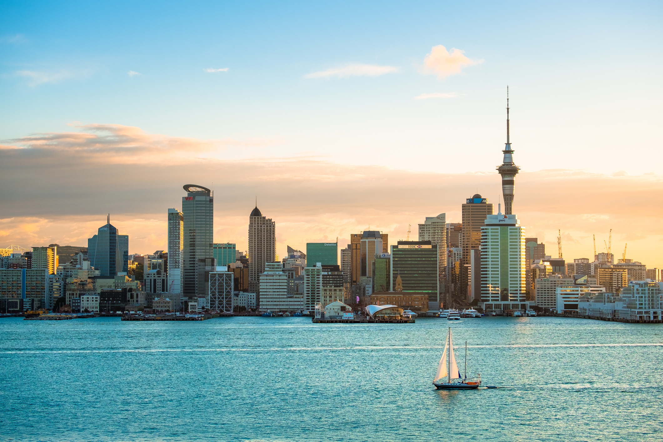 2018, JAN 3 – Auckland, New Zealand, Panorama view, Beautiful landcape of the building in Auckland city before sunset. View from Cyril Bassett VC Lookout.