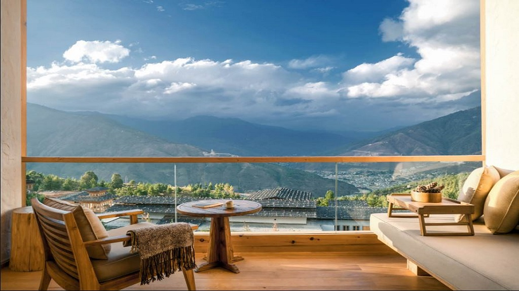 lodge-suite-balcony-at-six-senses-thimphu-resize