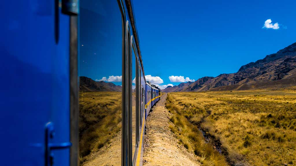 peru-amazon-train-from-cusco